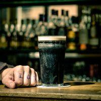 La Guinness trop chère en France ?